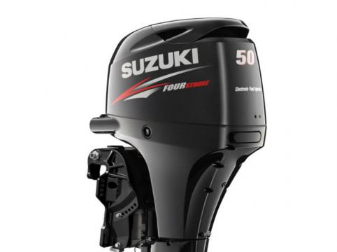 Suzuki-paadimootor-DF50A-upper
